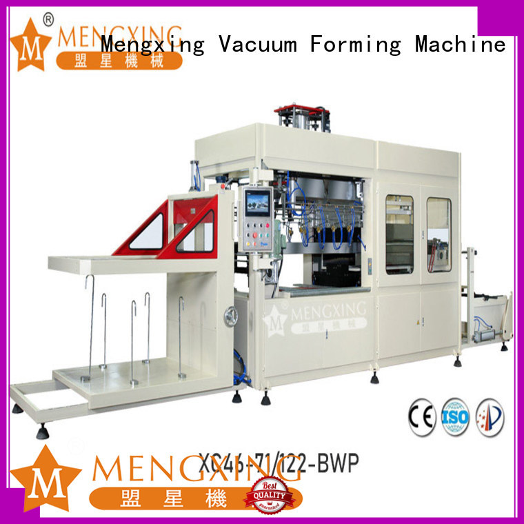 top selling plastic vacuum forming machine favorable price easy operation